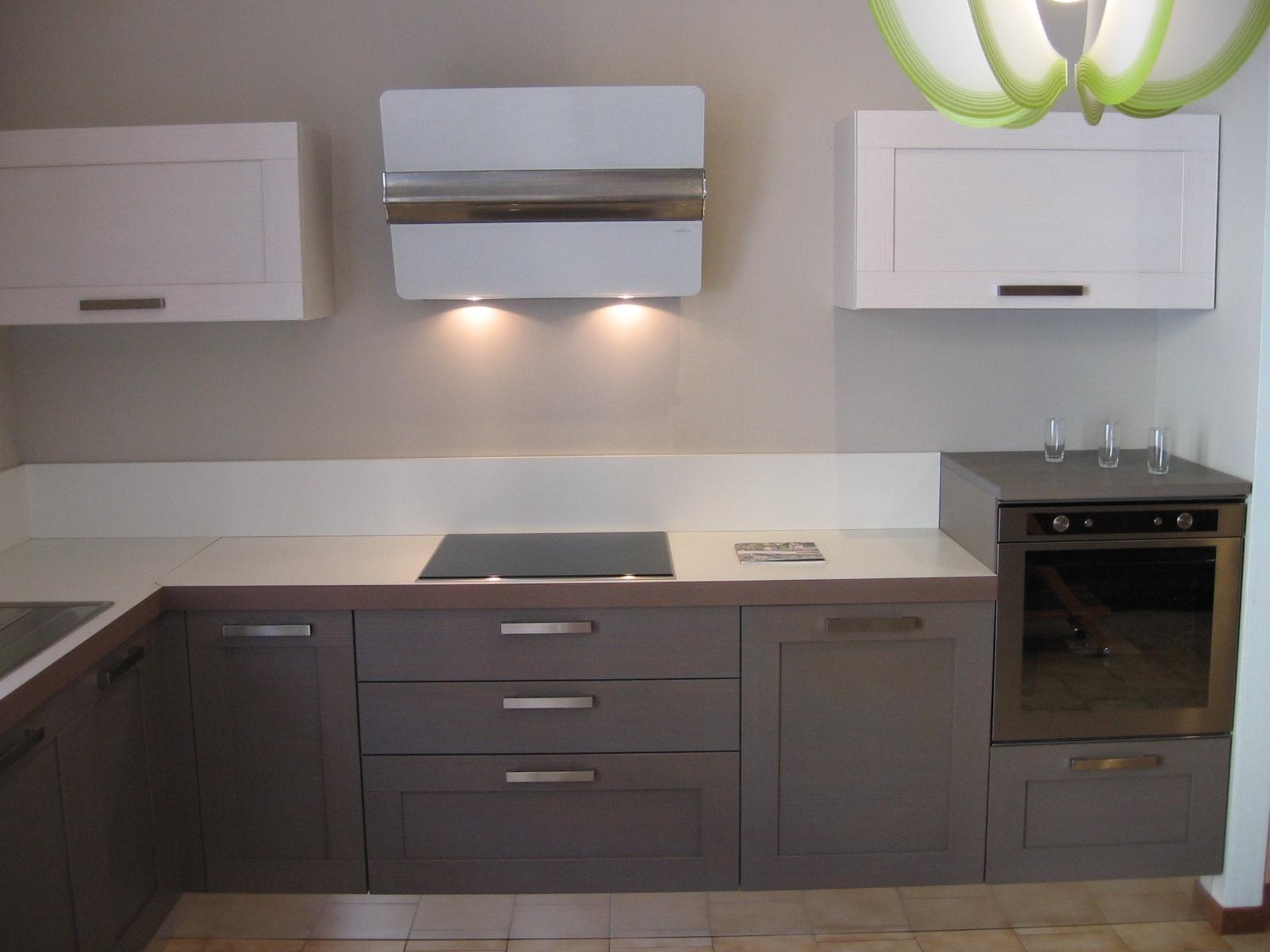 Cucine ad angolo dibiesse scontate del 40 cucine a - Cucine con forno ad angolo ...