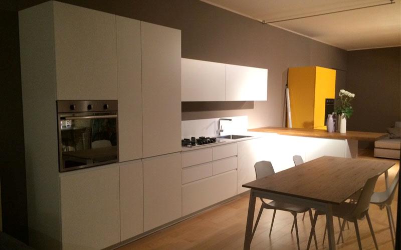 Cucine con penisola del tongo modello amalfi full cucine - Cucine con la penisola ...