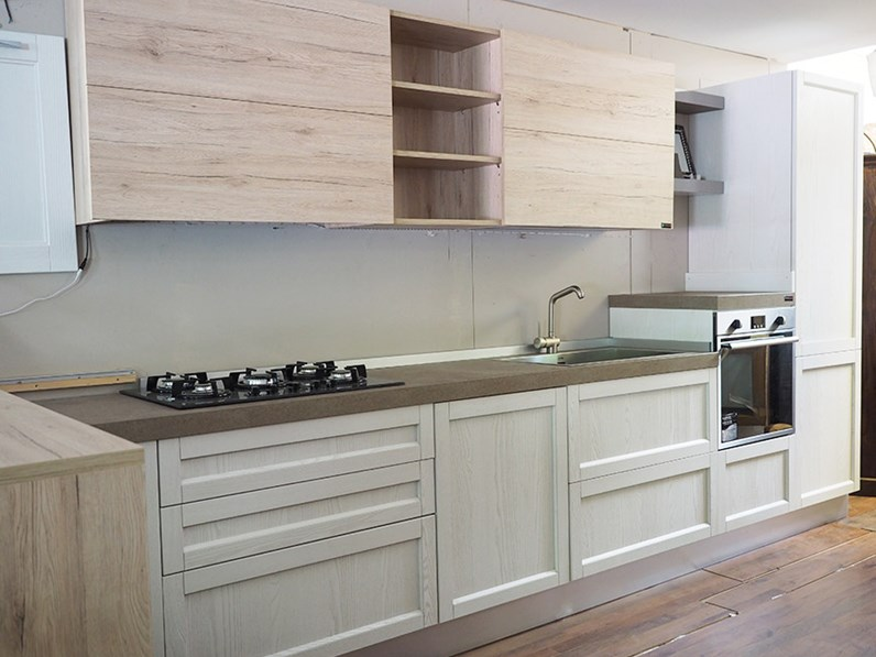 Cuina moderna con penisola da cm 180 essenza rovere in for Cucina in offerta