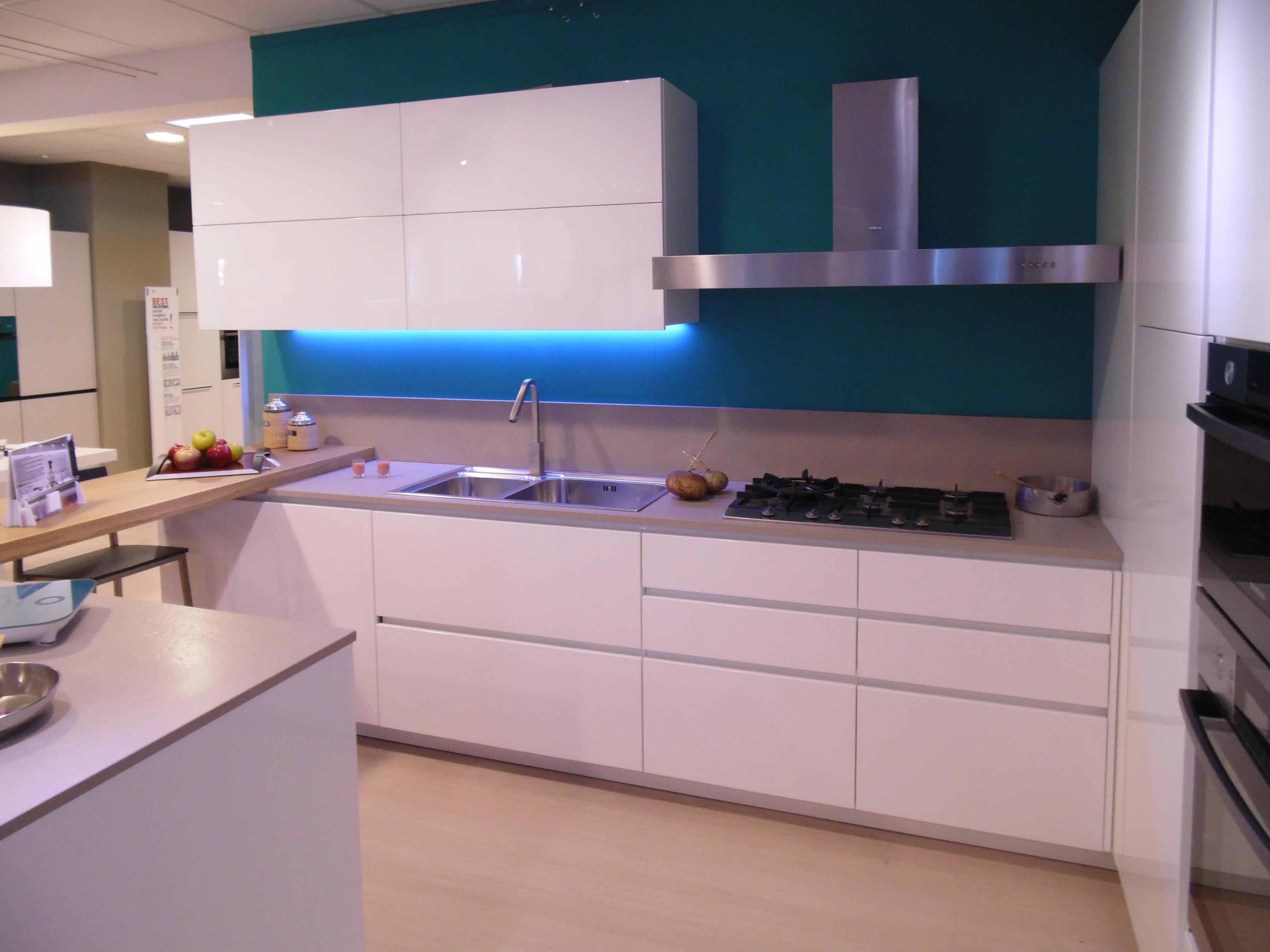 Del Tongo Cucina Creta Design Laccato Lucido Bianca -60% - Cucine ...