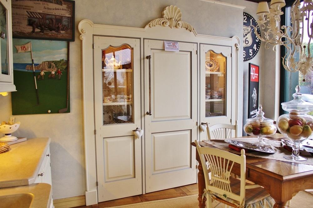 Dispensa villa hermosa marchi cucine in offerta al 40 for Arredamenti piemonti carate brianza
