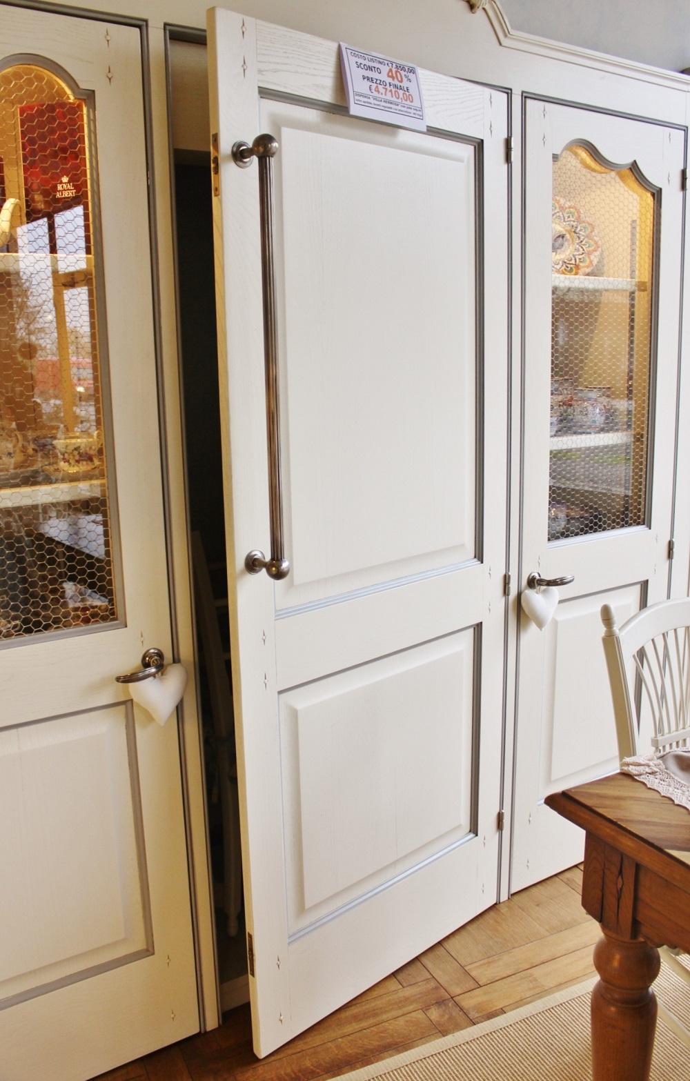 Cucine Con Dispensa Angolare : Cucina con dispensa angolare ...