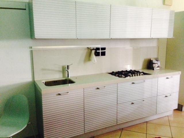 Cucina Ernestomeda Silverbox alluminio scontato del -61 % - Cucine ...
