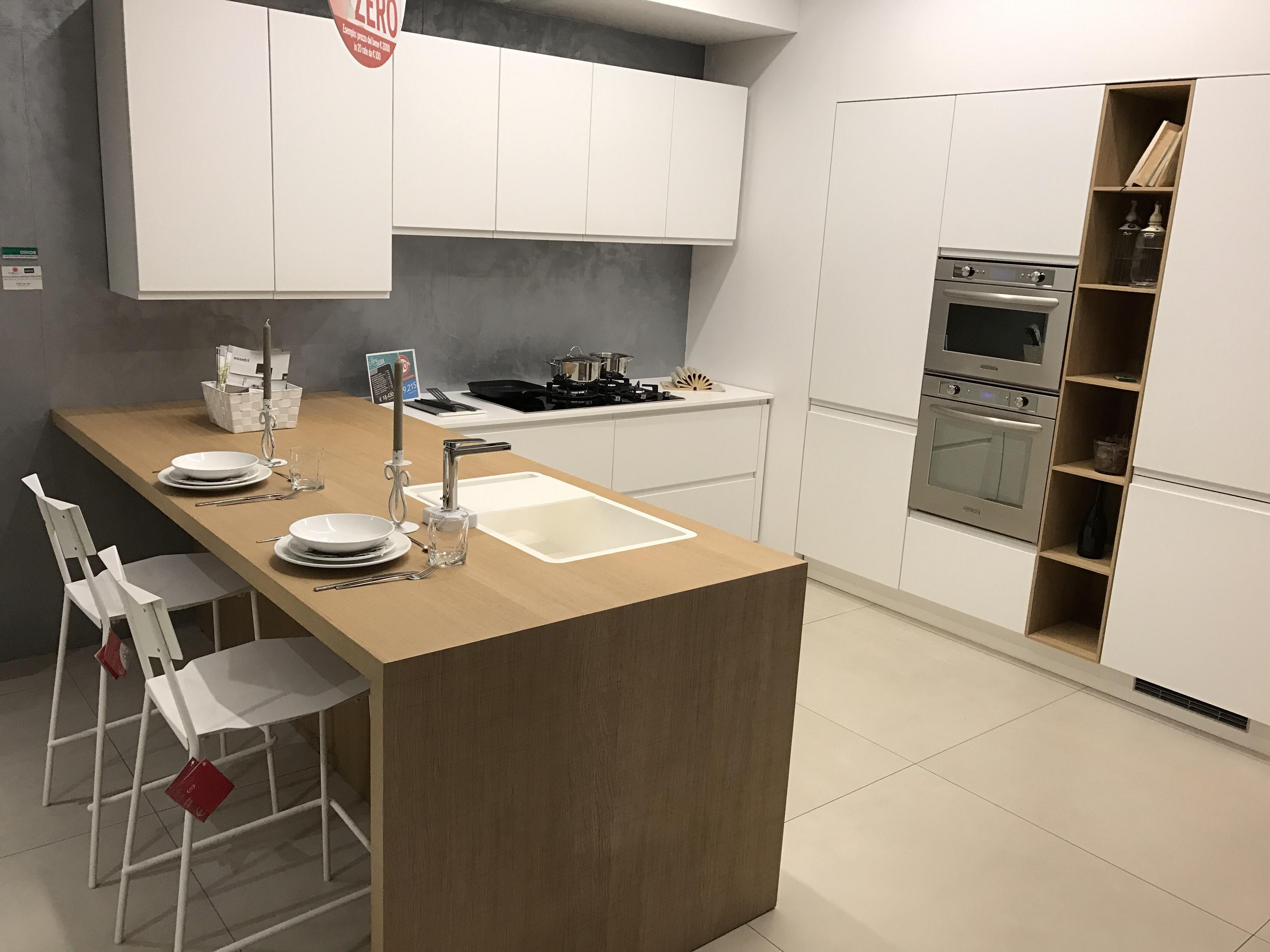 Essebi cucine cucina fusion moderno polimerico opaco - Cucine essebi prezzi ...