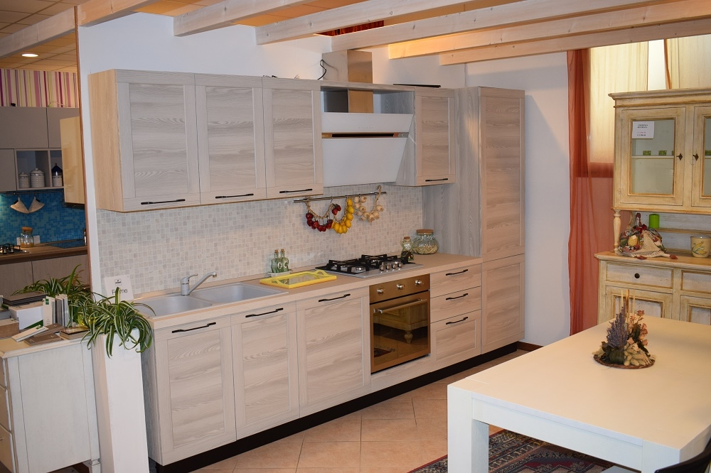 Cucina frame lineare completa di elettrodomestici con ante a telaio cucine a prezzi scontati - Cucina completa prezzi ...