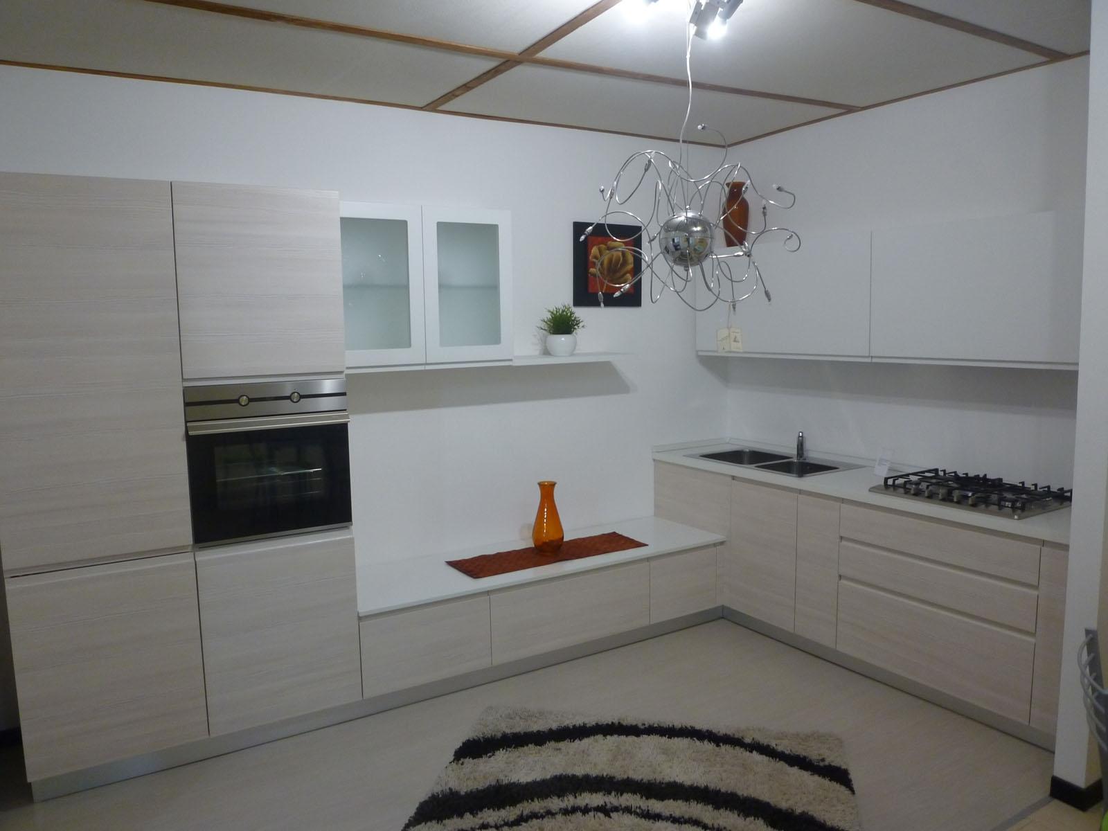 Gentili cucine cucina inca polimerico opaco cucine a - Aurora cucine outlet ...