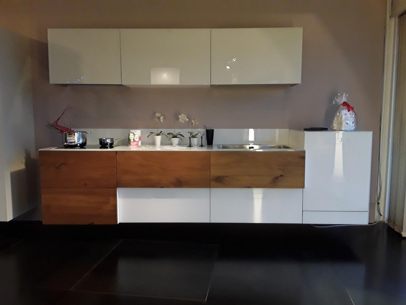 Cucina Lago Prezzi ~ Idee Creative su Design Per La Casa e Interni