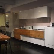 Cucina scavolini tetrix vetro multicolor lucida design for Listino prezzi lago arredamenti