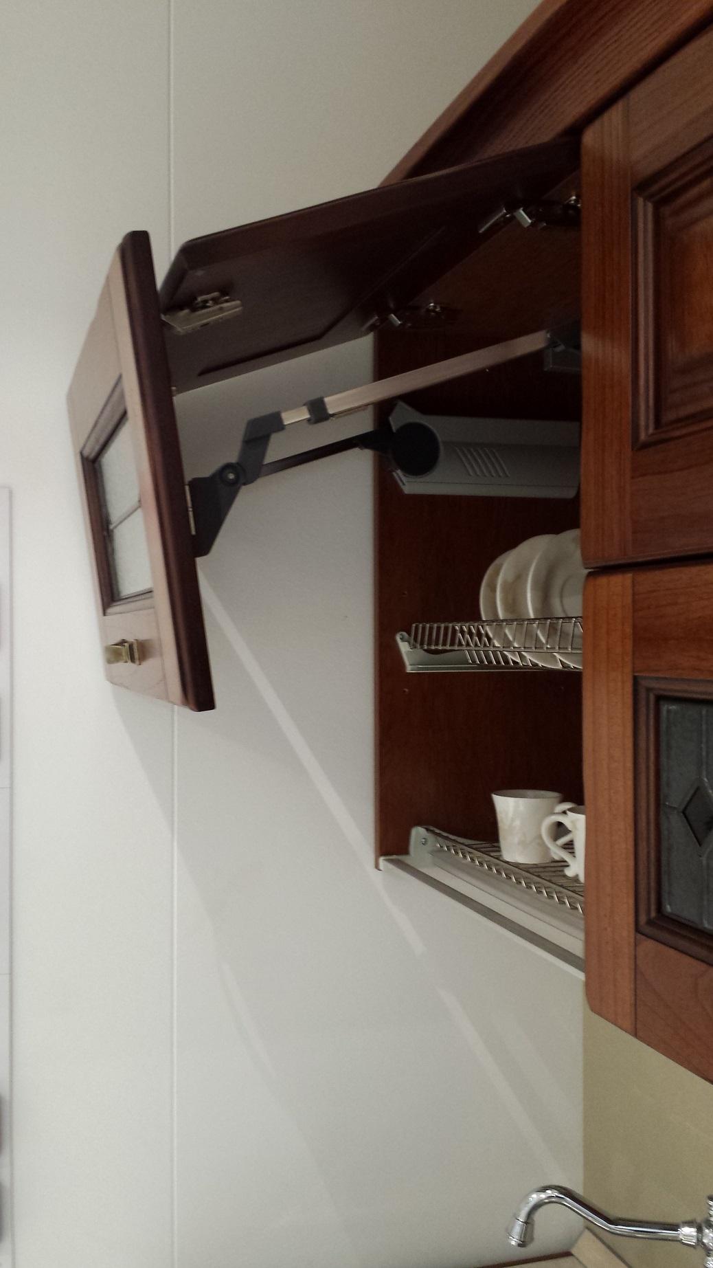 Cucina lube modello laura arte povera in legno massello - Cucina lube laura ...