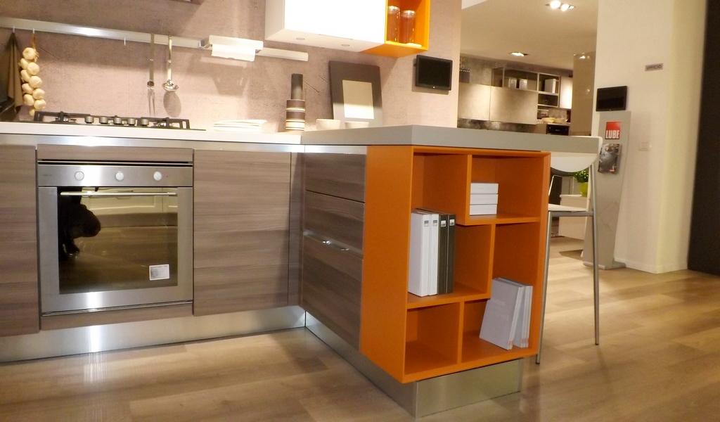 Lube cucine cucina essenza scontato del 65 cucine a - Cucina lube opinioni ...