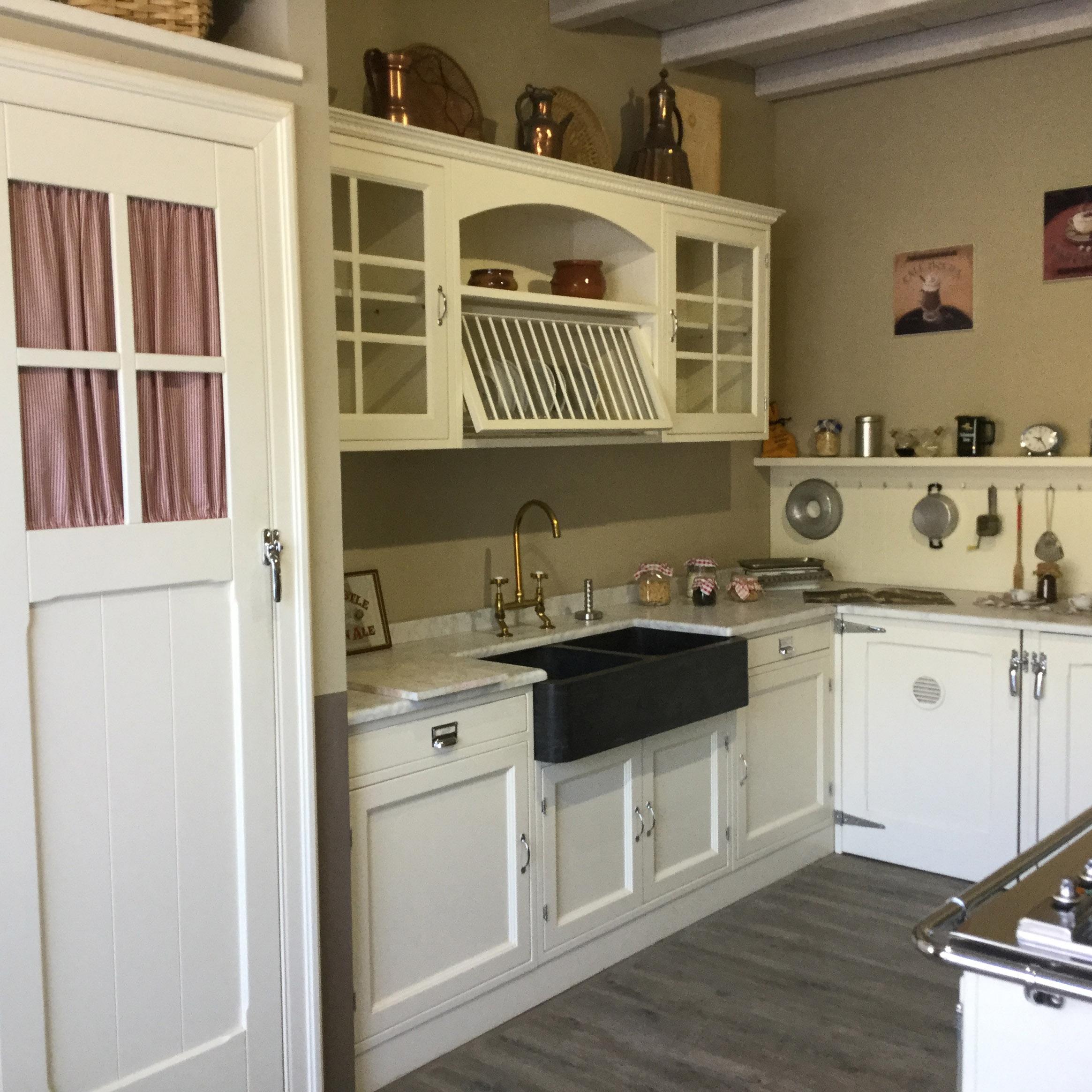 Marchi Cucine - Cucina Old England scontata del -45 % - Cucine a ...