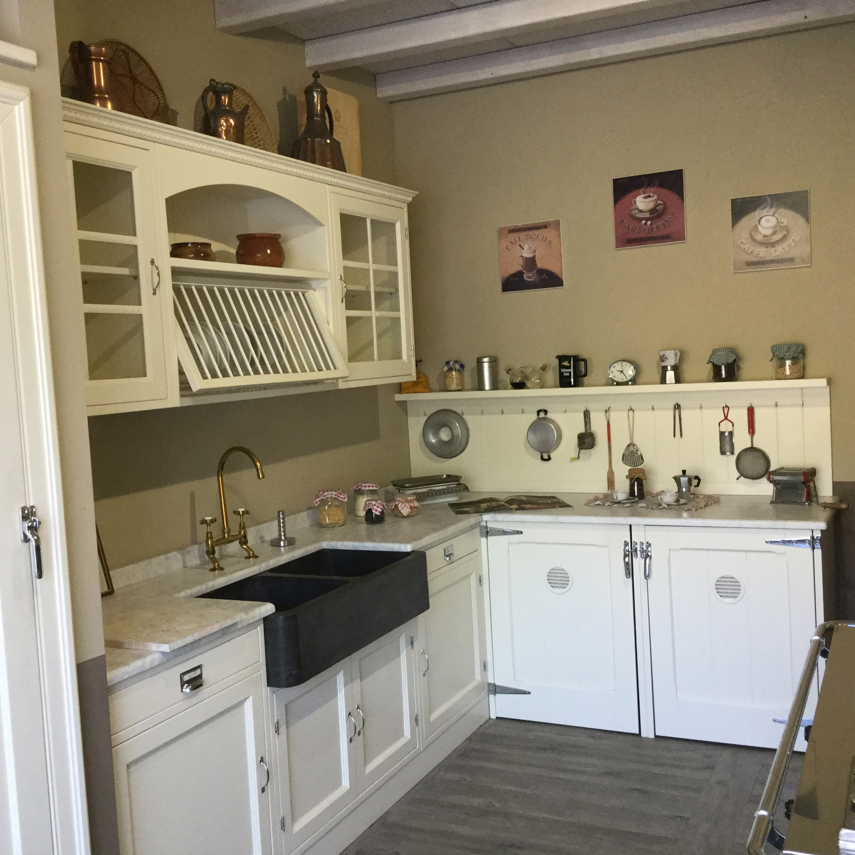 Marchi cucine cucina old england scontata del 45 - Marche cucine a gas ...