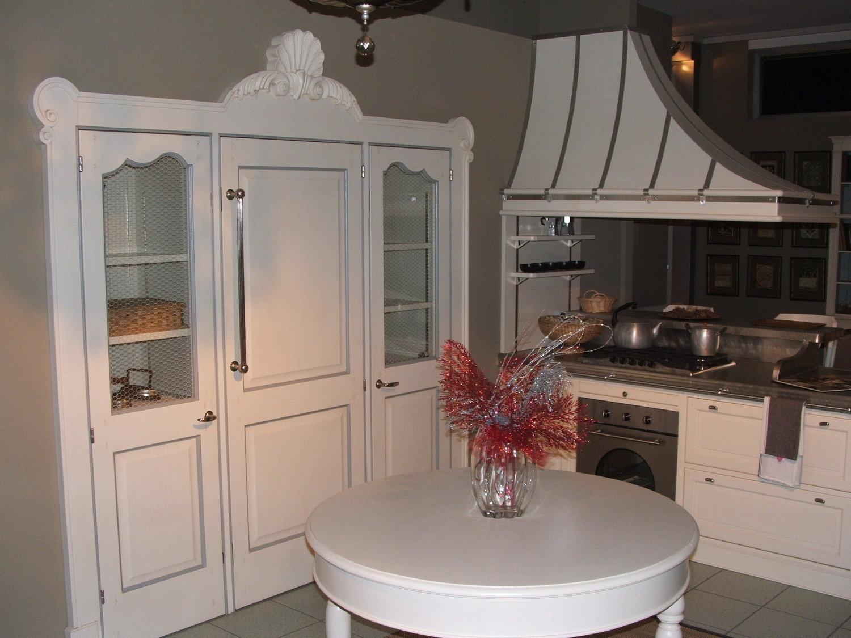 Cucine Shabby Chic Treviso : Cucine a vista sul soggiorno. Cucine ...