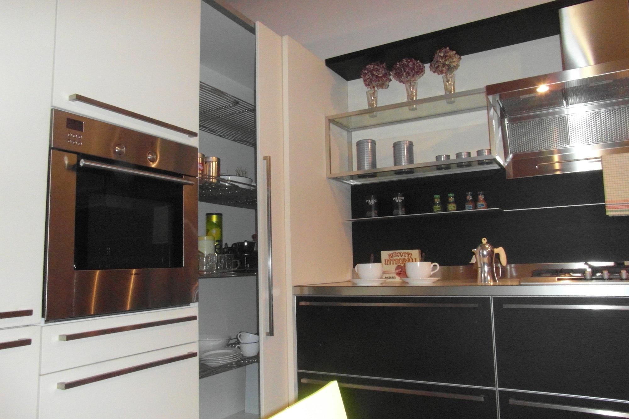 Modulnova Milano Cucina Alu Scontato Del  68 % Cucine A Prezzi  #8E6D3D 2000 1332 Veneta Cucine O Modulnova