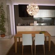 modulnova cucina sp29 design laccato lucido bianca con due colonne laterali
