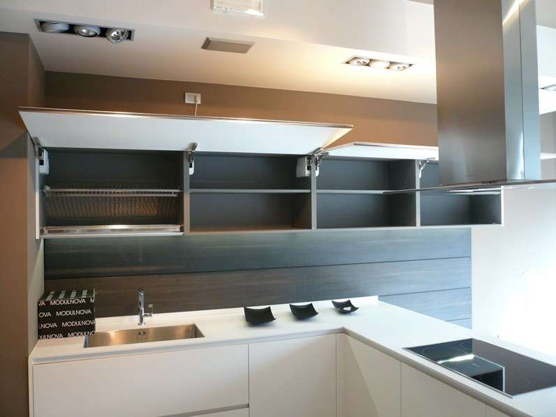 Cucina modulnova light design laccato opaco bianca - Effeti cucine prezzi ...