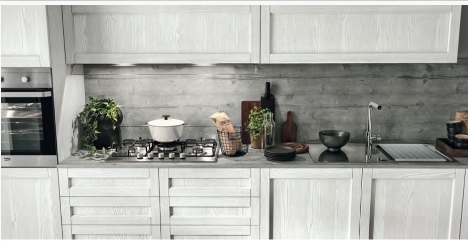 Ne cucina lineare shabby vintage chic in offerta outlet for Cucine offerte outlet