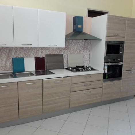 NetCucine - Cucina moderna lineare con elettrodomestici ...