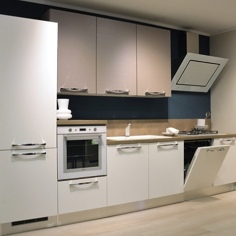 Nome Del Prodotto Lube Cucine Mod Zara 2 200 00 Pictures to pin on Pinterest
