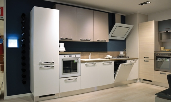 Cucine Lube In Vetro ~ Idea Creativa Della Casa e Dell\'interior Design