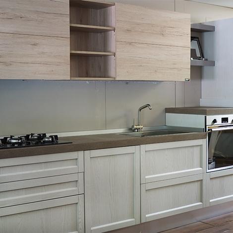 Nuovi mondi cucine cucina cucina moderna con penisola da for Penisola mobile cucina