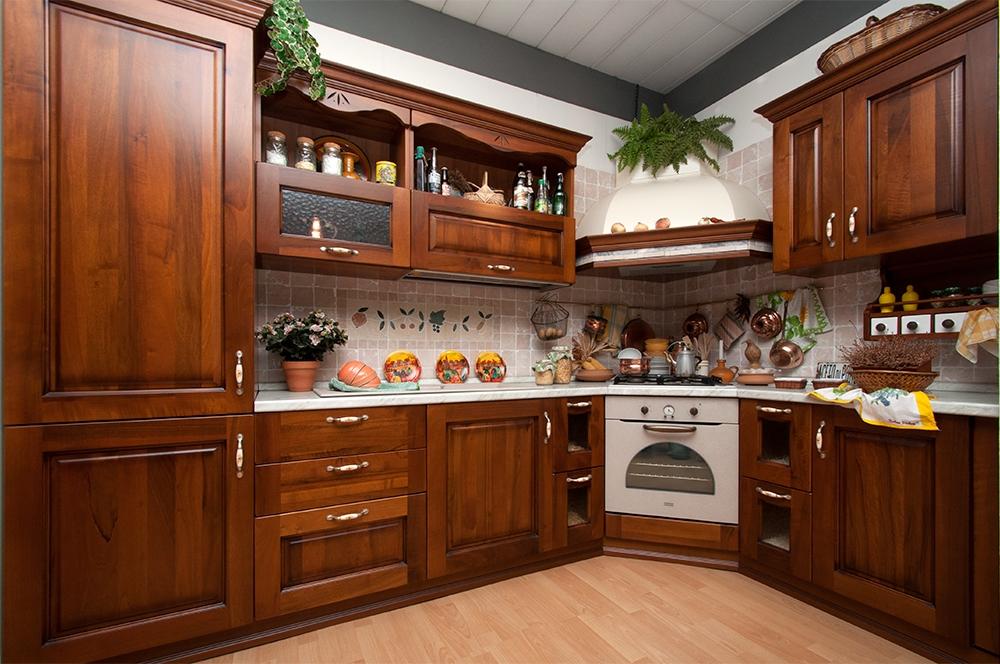 Cucina in legno sottocosto - Cucine a prezzi scontati