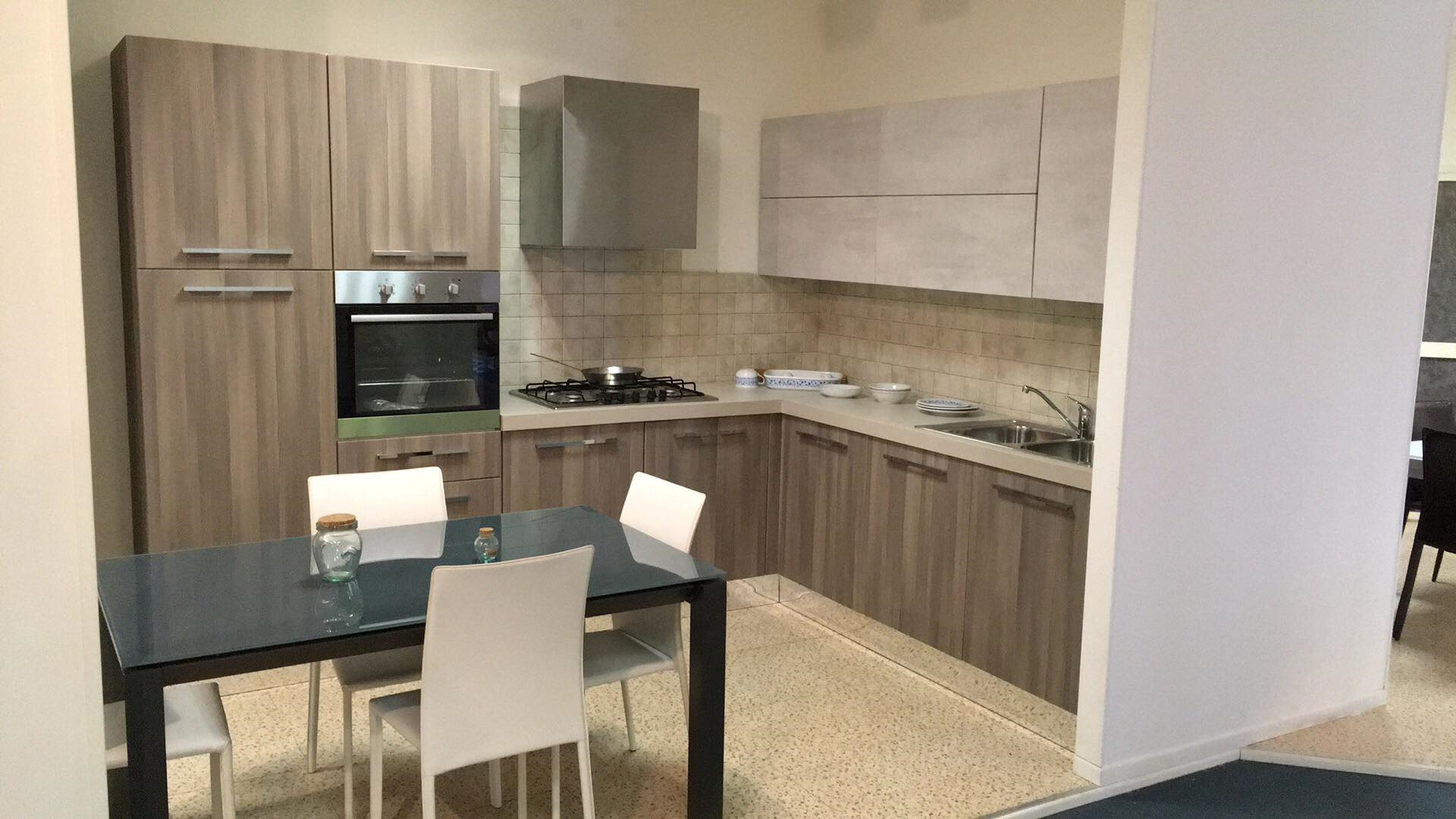Offerta cucina ad angolo astra cucine misura 300x240cm - Cucina a angolo ...
