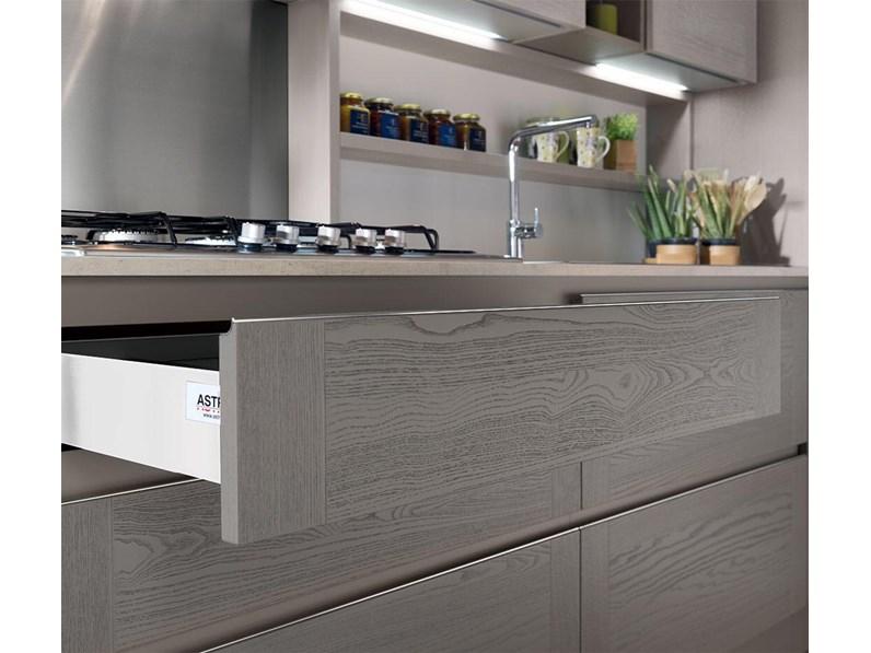 Offerta cucina ad angolo con bancone astra cucine modello dada for Bancone con angolo