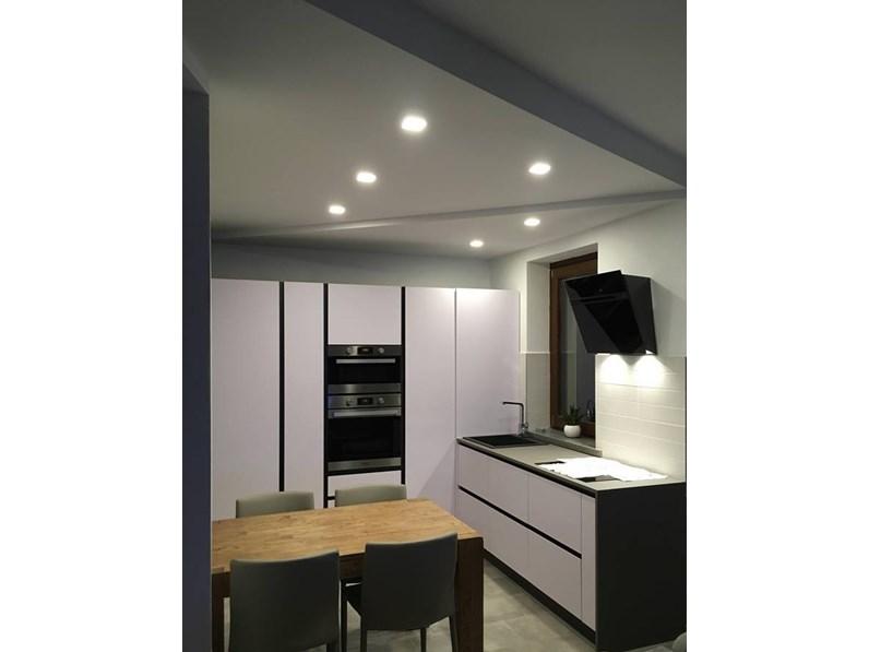 Offerta cucina ad angolo in materiale fenix astra cucine sp