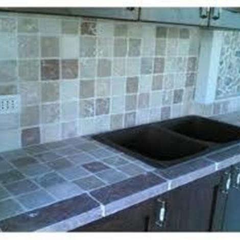 offerta cucina in muratura 4738 composizione cucina vista frontale forno pensili lavello