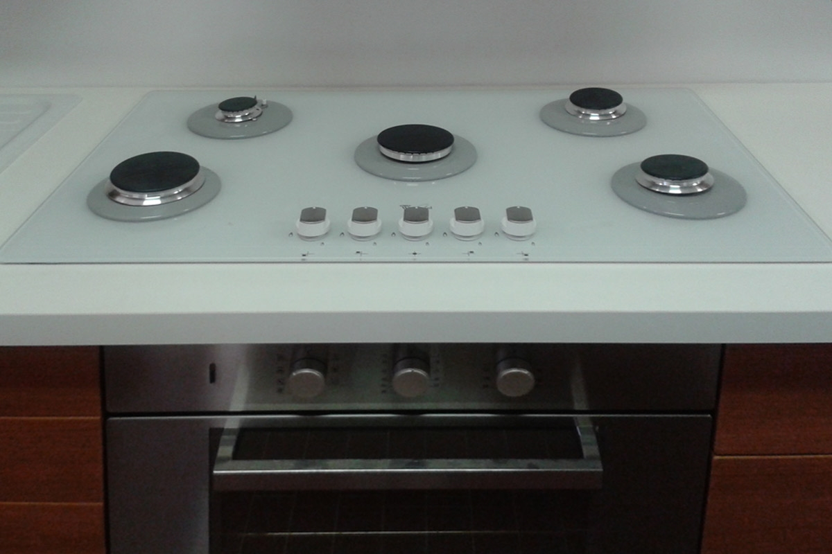 Piani Cottura Hotpoint Ariston Prezzi. Best Ariston Indesit ...