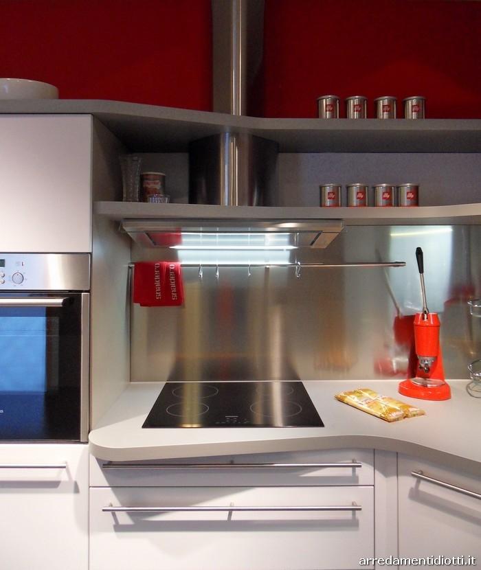 Cucina skyline di snaidero in prezzo affare cucine a for Snaidero skyline
