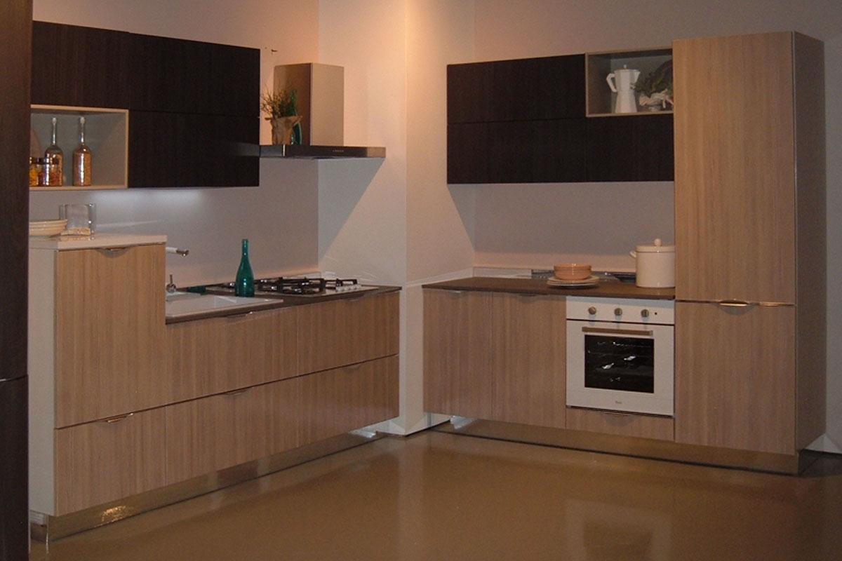 Cucine abruzzo trendy alberta salotti in abruzzo with for Outlet cucine abruzzo