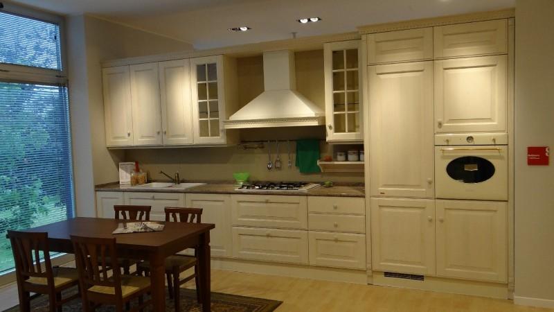 Offerta scavolini baltimora classic frassino bianco cucine a prezzi scontati - Cucina scavolini baltimora ...