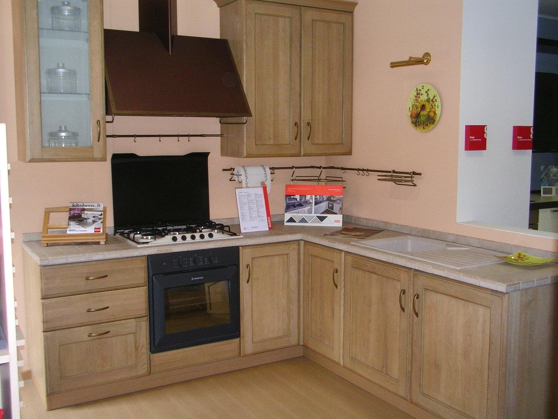 Offerta scavolini cora legno 4565 cucine a prezzi scontati for Cucine classiche in offerta