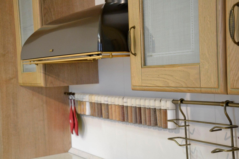 Cappa cucina nera la scelta giusta variata sul design - Cucine faber prezzi ...