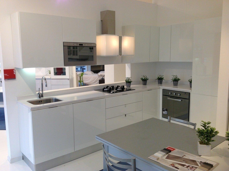 Dispense angolari per cucine cucina moderna laccata in - Dispense per cucine ...