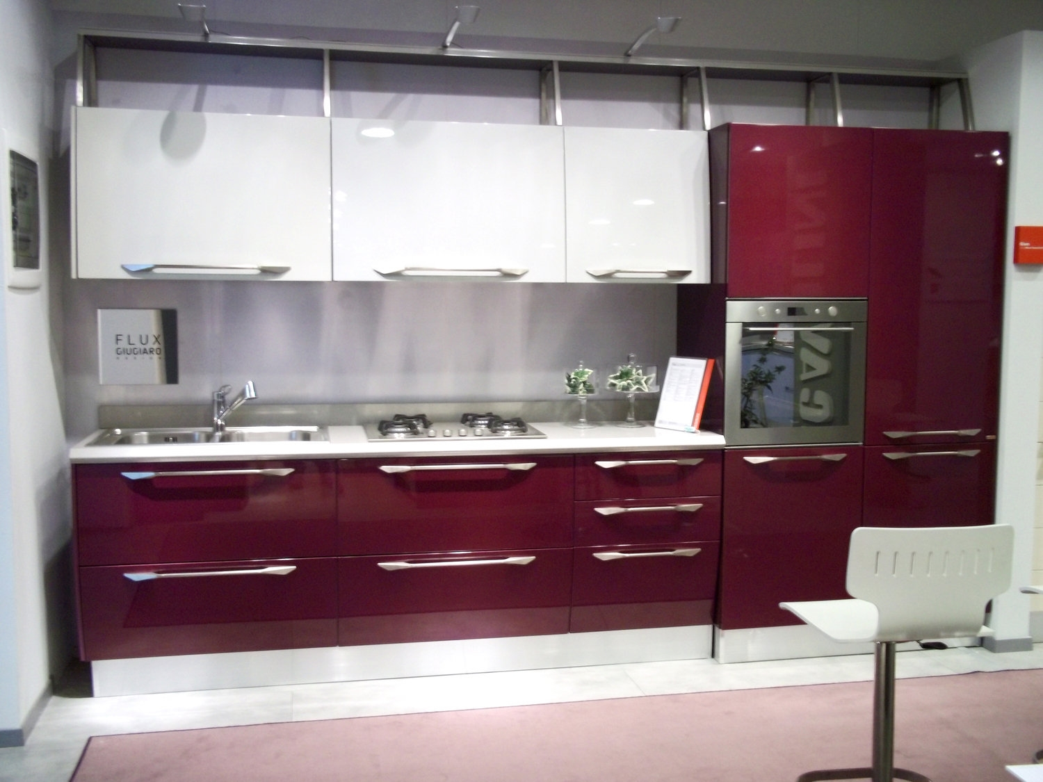 Outlet cucine lombardia cheap beautiful corso o outlet for Outlet cucine lombardia