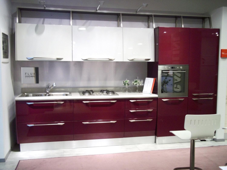 Cucine moderne colore viola idee creative di interni e - Prezzi cucine componibili scavolini ...