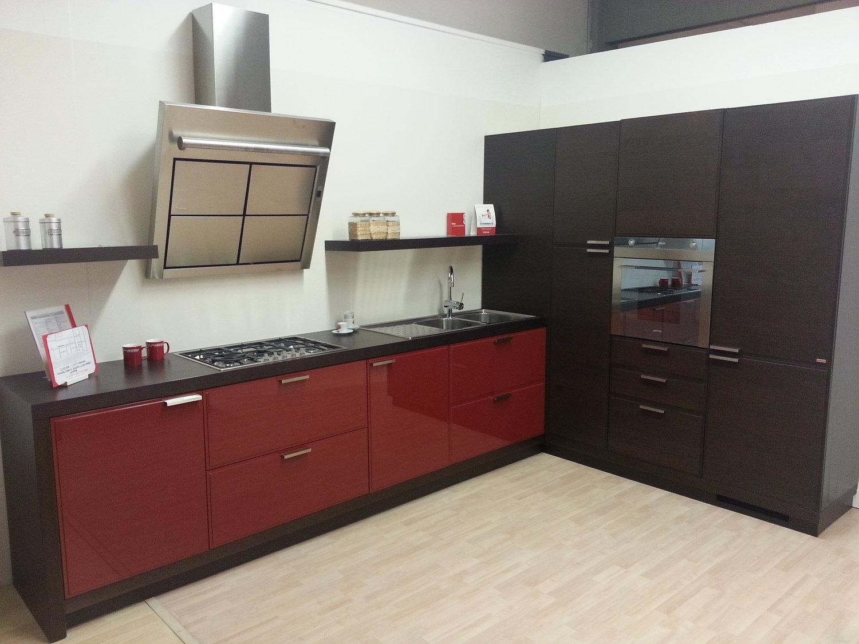 Offerta scavolini glam rossa 4717 cucine a prezzi scontati - Cucina rossa scavolini ...