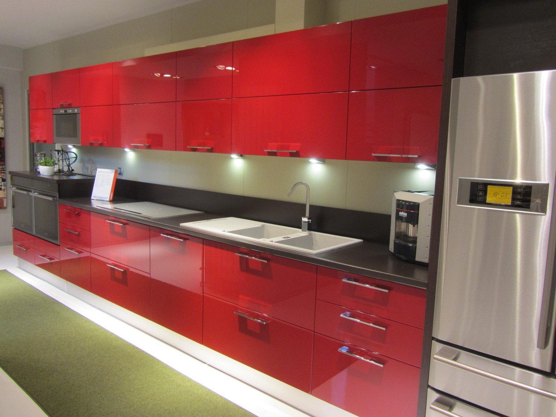 cucina rossa arredamento cucina : Offerta Scavolini Sax Rossa 8026 - Cucine a prezzi scontati