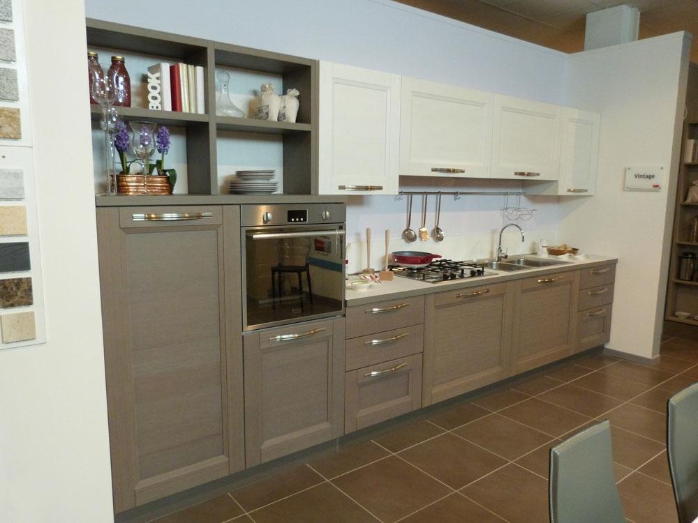 Offerta veneta cucine modello vintage in legno cucine a - Anta cucina laminato ...