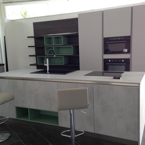 Cucine in offerta Roma: Plana glass Arredo3 scontata del 50% - Cucine a prezzi scontati