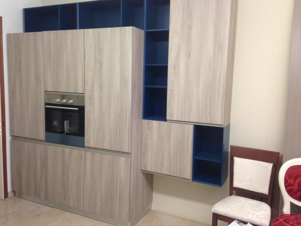 Openspace cucina piu 39 soggiorno moderni modello line wood for Cucina open space con pilastri