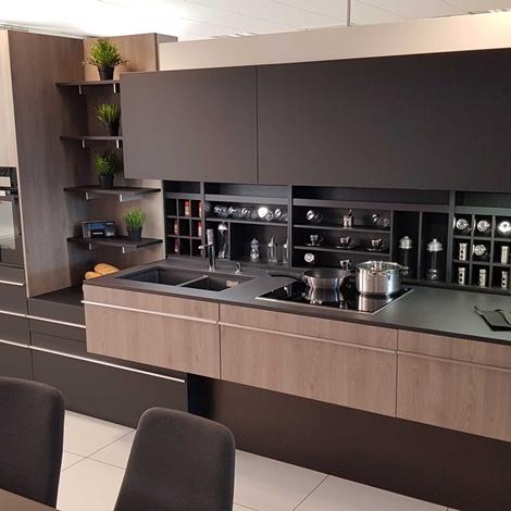 Outlet cucina miton skin con top in dekton pensile motorizzato luci a led cucine a prezzi - Luci a led per cucina ...