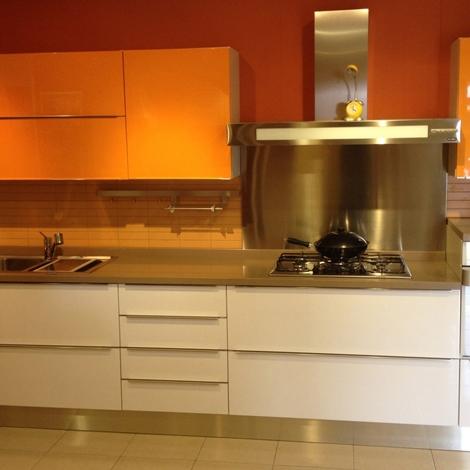 """Outlet cucina modello """"linea""""   cucine a prezzi scontati"""