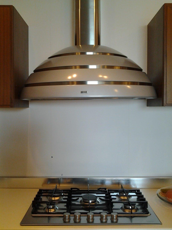 Outlet cucina scavolini reflex cucine a prezzi scontati for Outlet arredamento puglia
