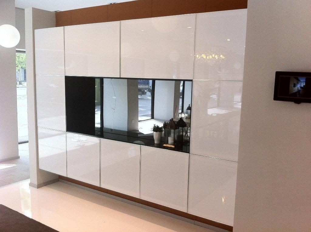 Cucine attrezzate stunning showroom cuc cucine u cucine cucine u cucine arredamenti with cucine - Cucine baron prezzi ...