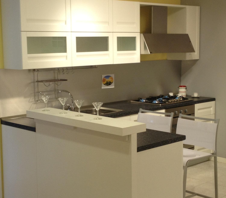 Merfina snc cucine a prezzi scontati for Mobilifici lazio