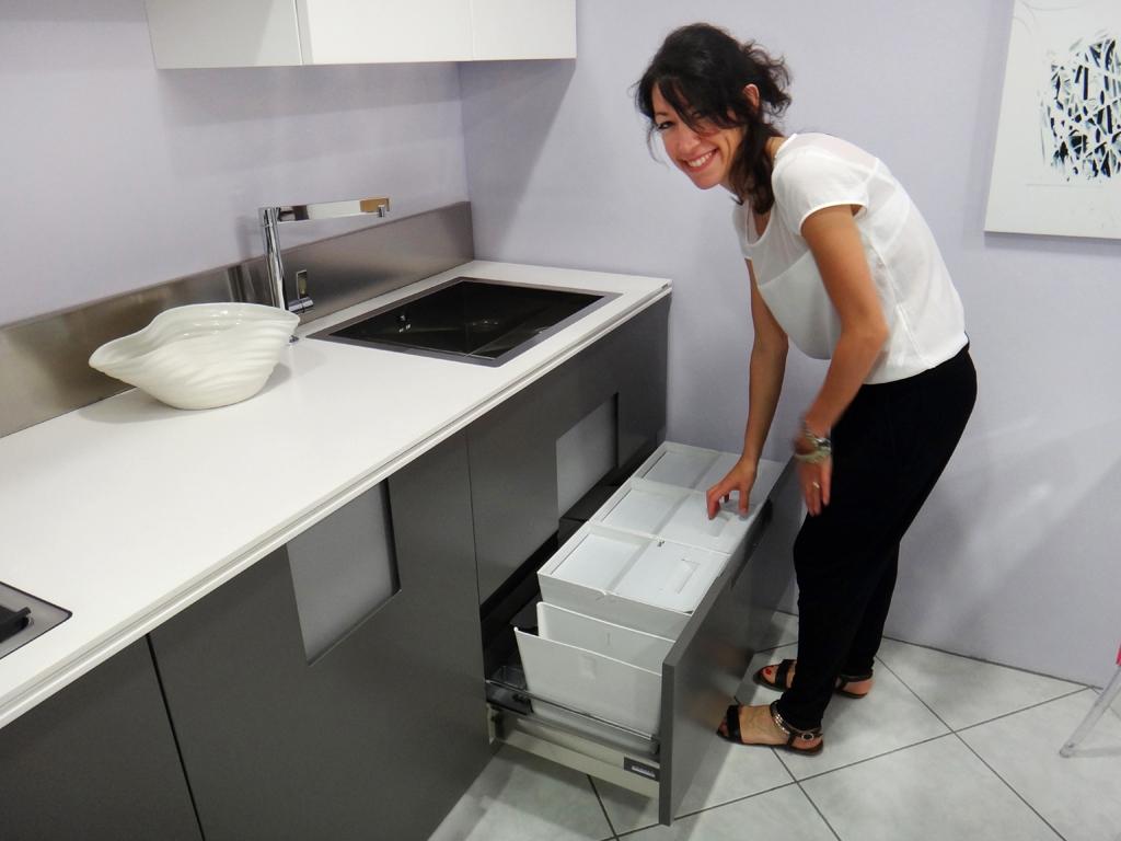 Cucina ernestomeda carr moderna laccato opaco cucine a prezzi scontati - Alzatina cucina acciaio ...